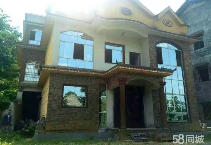 平凯小别墅出售 一楼一底 带独立院坝 直接更名 急售50万